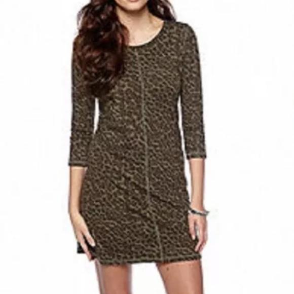 NWT Jessica Simpson Rudy green leopard camo